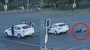 4匪劫車!女駕駛等紅燈遭開槍轟臉 拋屍馬路