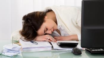 員工上班是否應該能在工作期間打盹