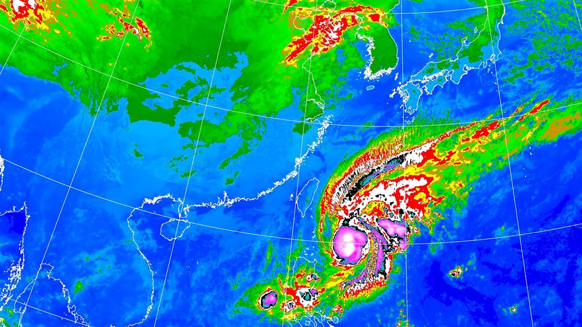 鳳凰颱風東偏!4縣市大雨特報 愈晚愈明顯