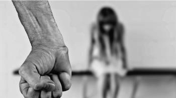 10歲女獨處…遭硬來2次!色表哥辯:家庭害的
