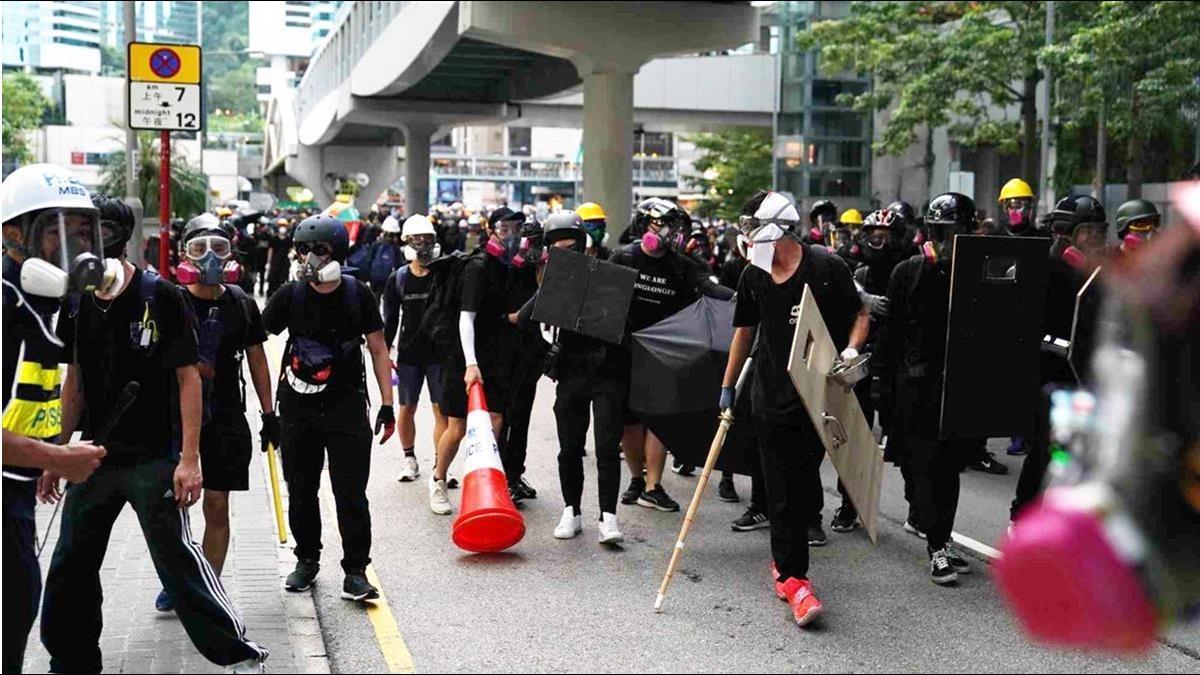 香港菁英爆移民潮!移居台灣人數激增 首選這4國
