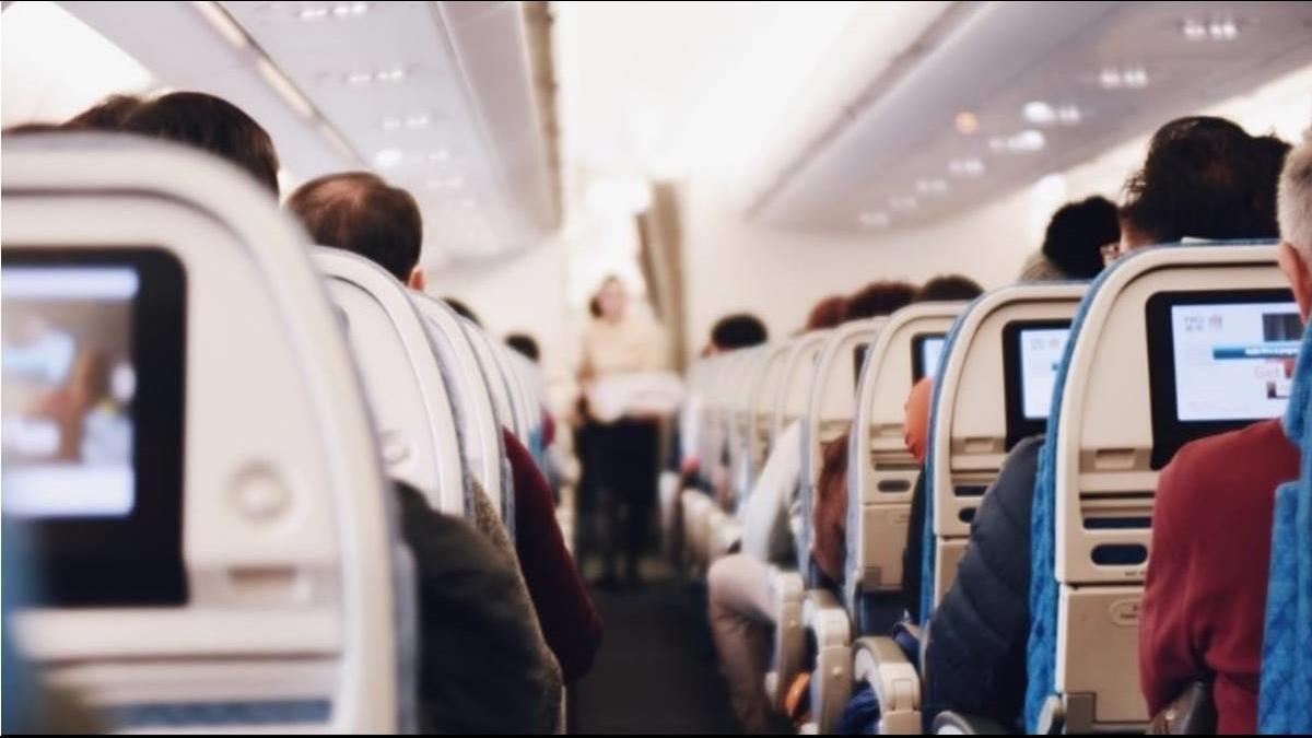 「傳統航空V.S廉航」差2千怎麼選?答案一面倒 揭關鍵因素