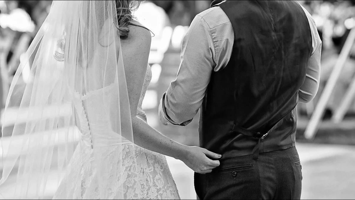 學士女不能嫁國中畢業男?年薪百萬過來人笑了