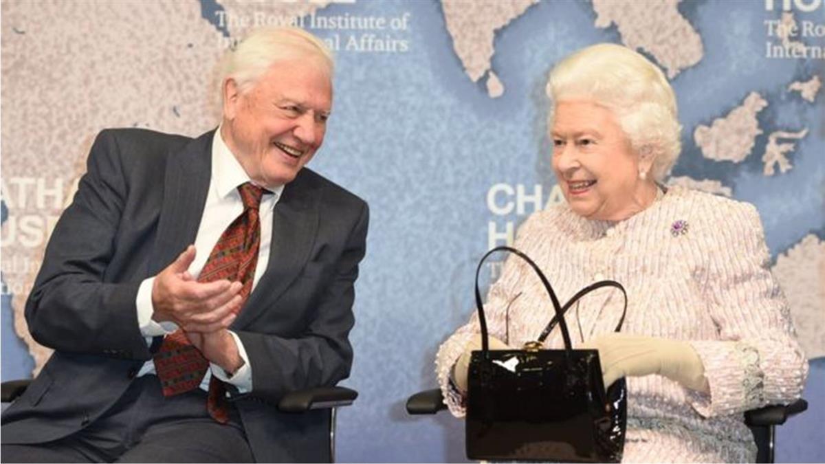 BBC金牌大腕主持英國女王老朋友大衛·艾登堡