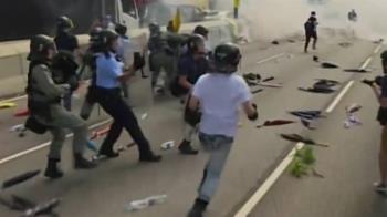 丟磚頭就會被判10年 紐時:200反送中港人偷渡來台