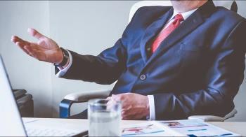 「大公司」vs.「好主管」哪個重要? 職場大哉問引網正反論戰