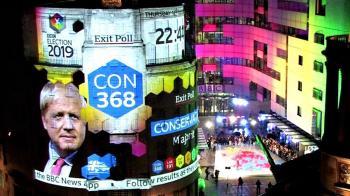 英國大選2019: 投票站出口民調顯示執政保守黨將贏得議會多數