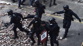 香港示威半年後:六千多名被捕示威者面臨的審判與後續