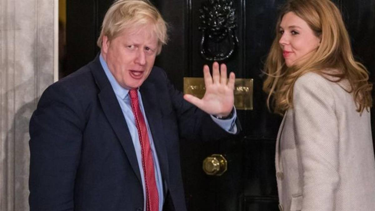 英國選舉:媒體報道保守黨獲得壓倒性勝利