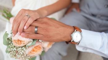 洞房驚覺新婚妻非處女 男怒討86萬禮金
