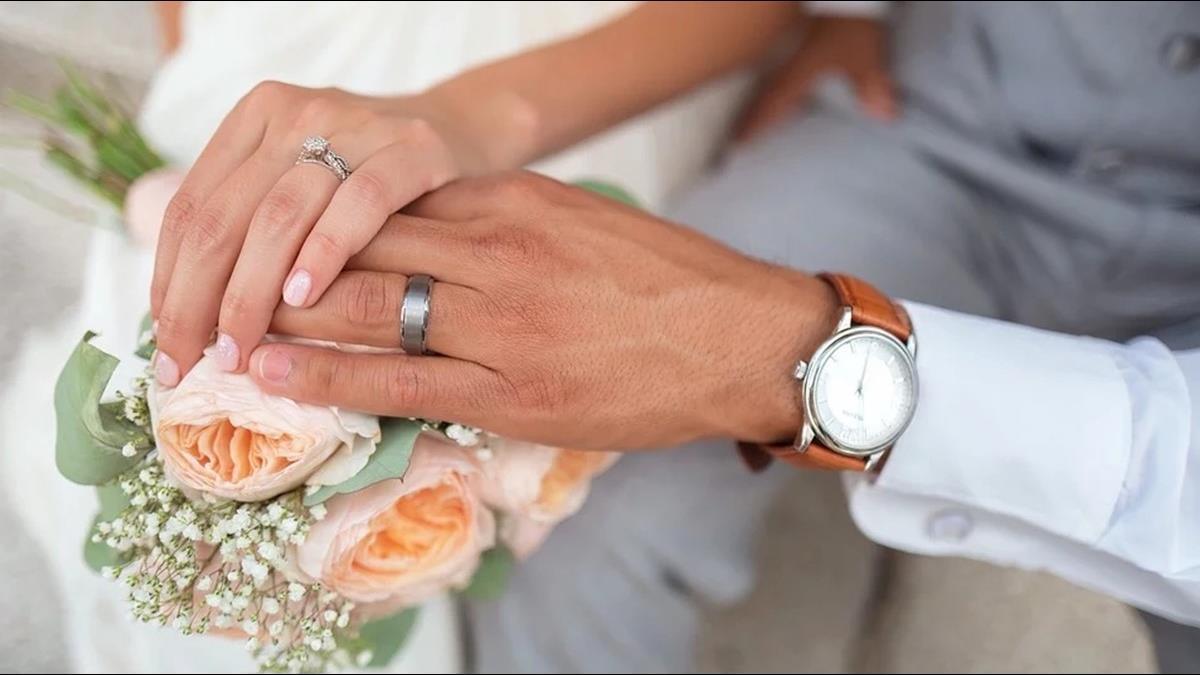 欠1萬元不還!準新娘甜邀婚宴:不用紅包當抵債