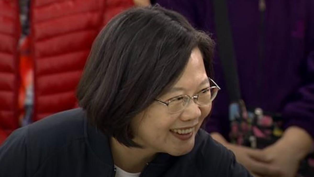 人人都有她?朱、宋、蔡選總統都有「阿嬤的故事」