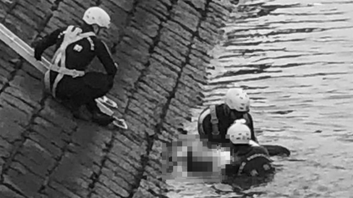 香港連2起男浮屍腳綁啞鈴 警:無可疑