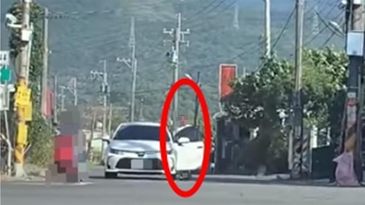 駕駛停紅燈下車做這事 她傻眼:看到什麼