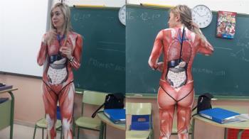 行走圖鑑!女師課堂穿器官衣 小學生嚇腿軟