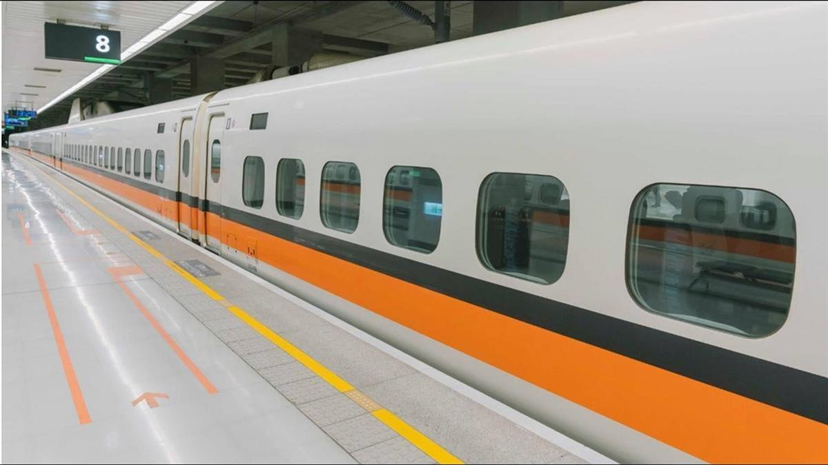 高鐵春節疏運加開424班次 25日凌晨開放售票