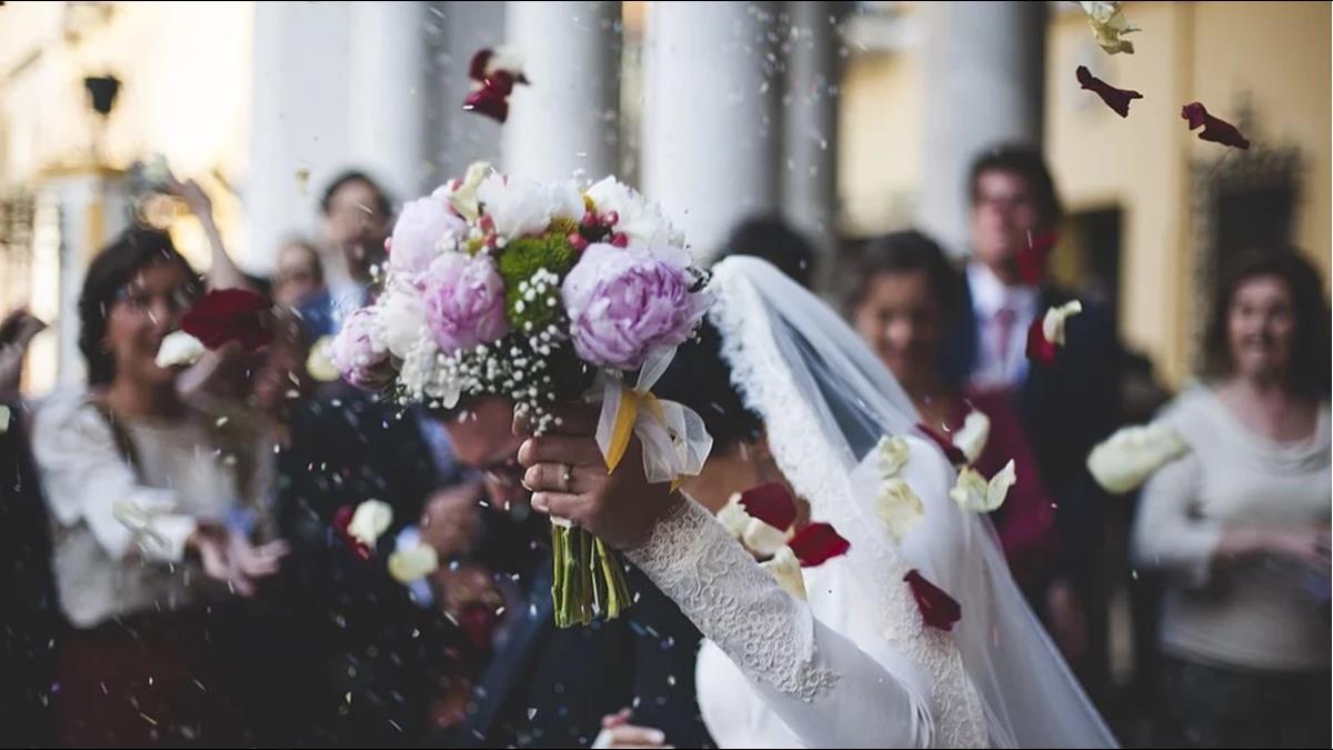 年收百萬新婚卻只登記不宴客? 原因曝光眾人讚爆