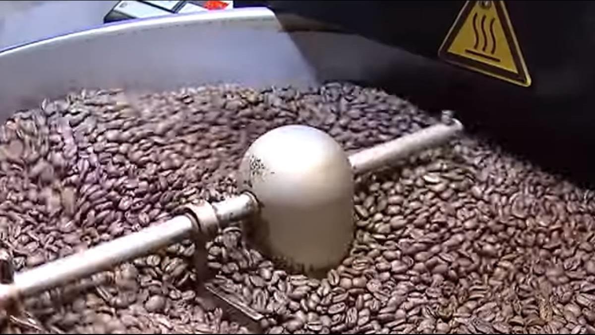 一杯咖啡成本才3塊!業者:烘豆機就破百萬