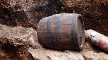 屋主嗨炸分享150年老酒 專家一喝揭駭人真相
