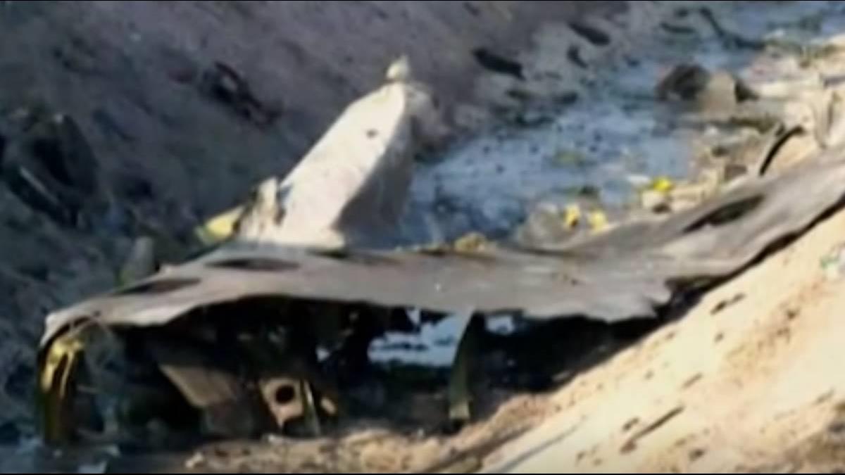 伊朗稱波音737機械問題 機身卻有明顯「孔洞」
