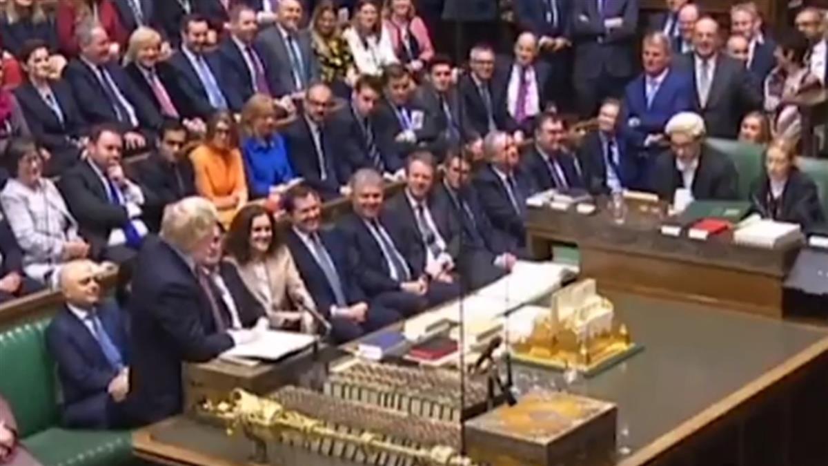 英國會表決通過脫歐法案 月底分手歐盟
