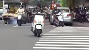 科技執法再出招! 違規左轉警示系統鎖定「高雄式左轉」