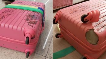 她行李箱遭摔壞 回程換新又悲劇:地勤也看傻