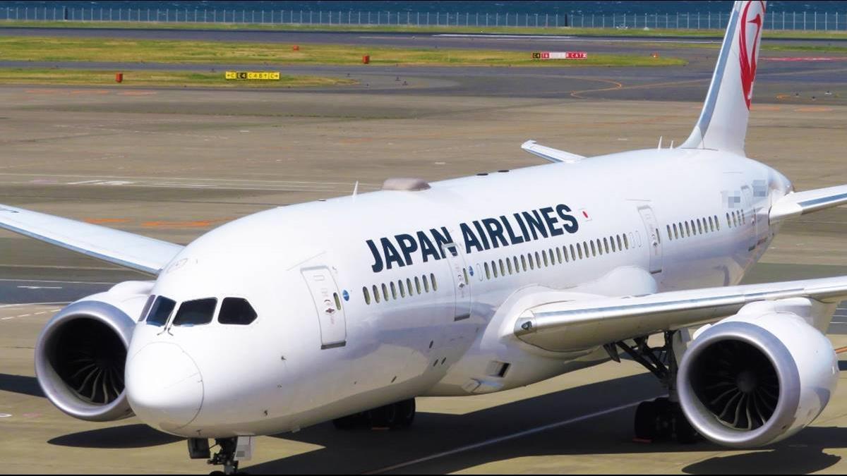 又是波音?一架飛上海客機駕駛艙玻璃碎裂 專家曝內幕