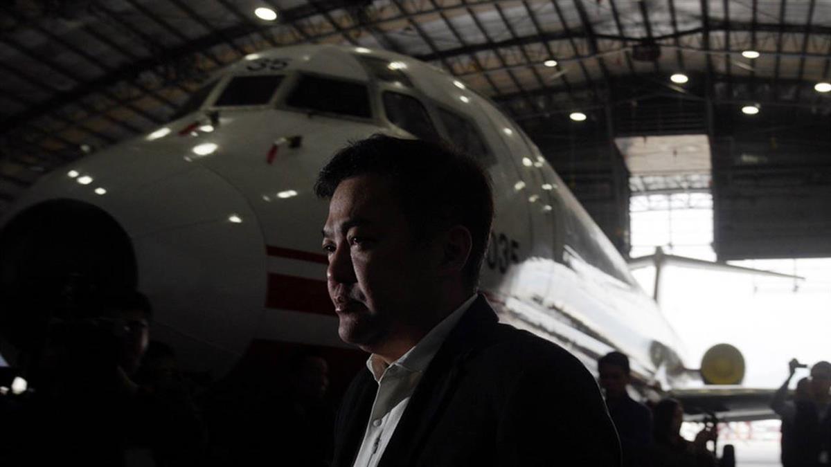張綱維偕投資代表出面 盼政府開明確復飛條件