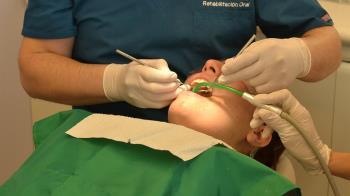 5歲女童看牙醫嘴巴突失火 嘴全燒傷父母怒告