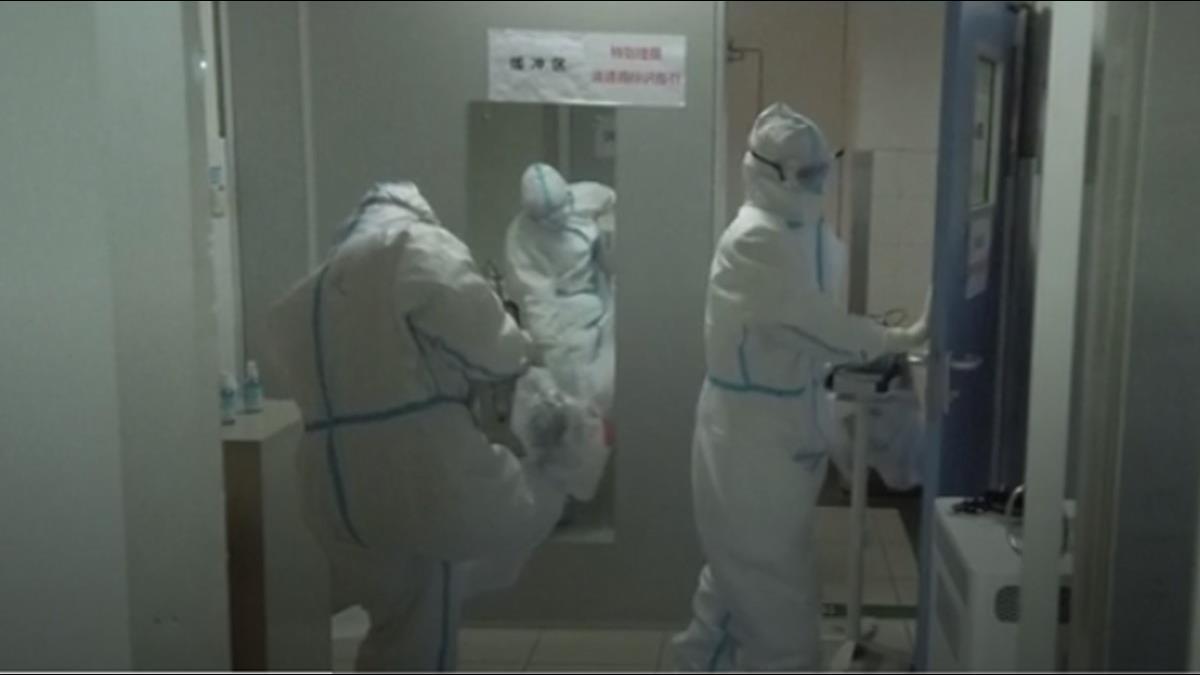 一晚接200病患還要收屍 武漢女醫師遭感染