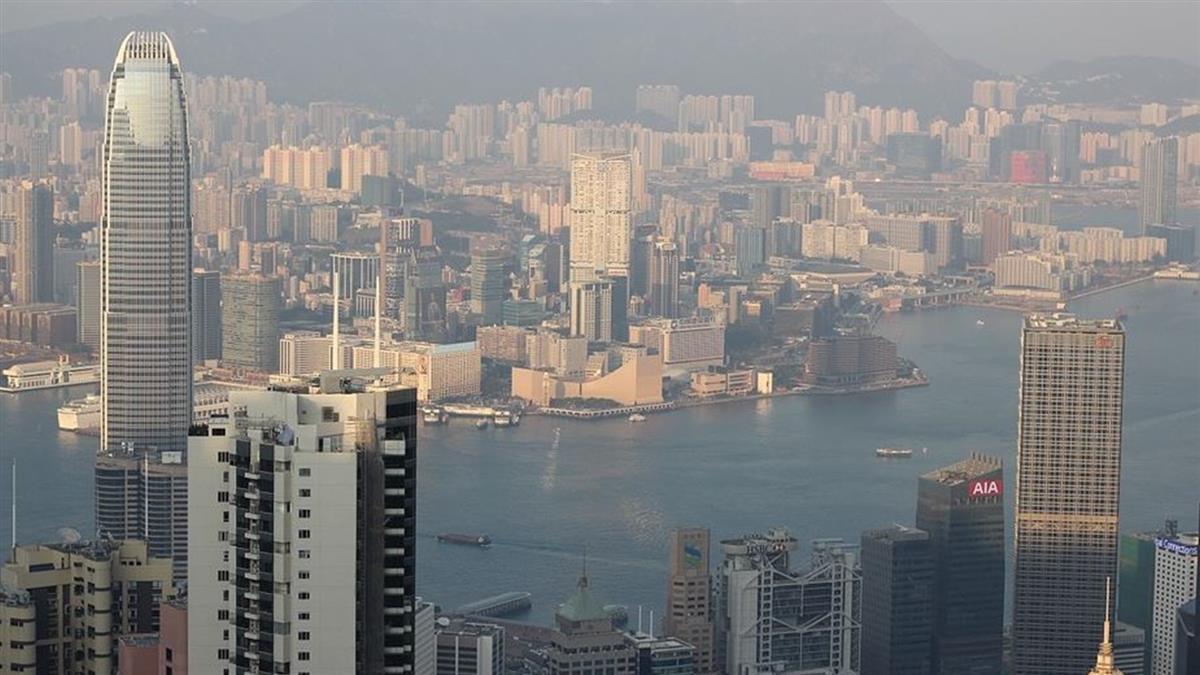 疑經糞管傳播!香港同棟鄰居染武肺 急撤住戶