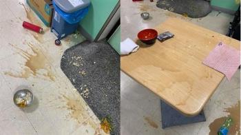 想吃泡麵!40歲病人照三餐摔飯菜 護理師崩潰