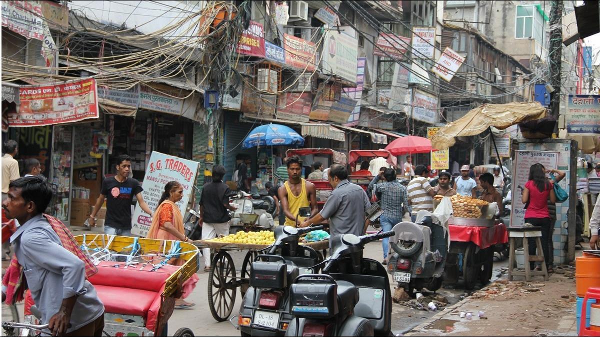 印度南部疑似疫情爆發 3千多人遭隔離