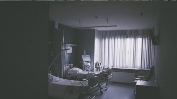 護理師輕生…醫院走廊飄她香水味!驚人真相曝光