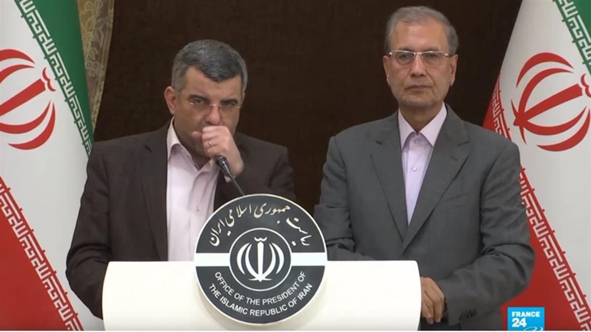 伊朗衛生部官員也染病 確診前記者會狂咳、冒汗