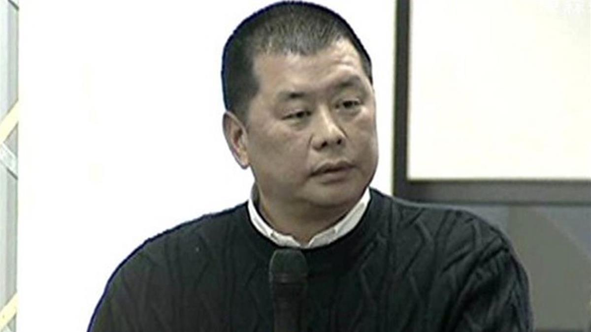 被控恐嚇記者 黎智英今早突遭港警帶走
