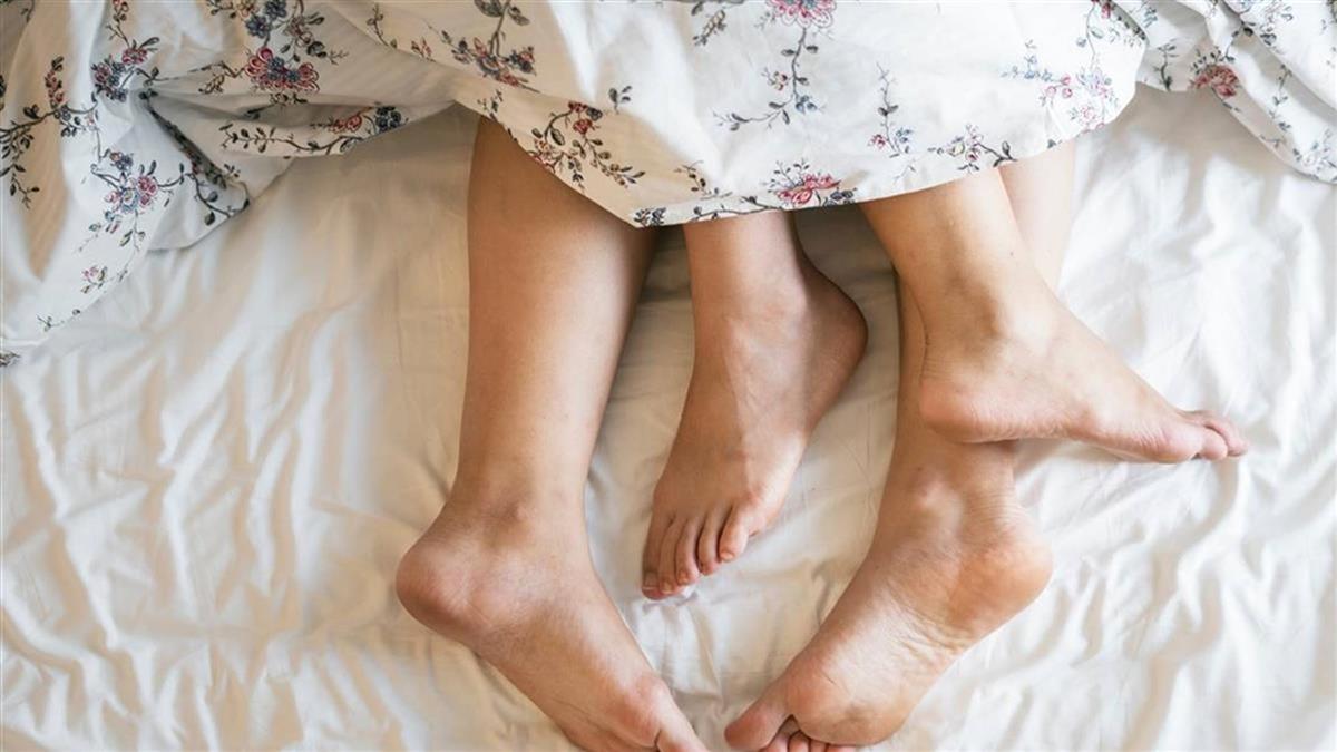 離婚前與陌生男野戰…一次就中!人妻曬孕照慘了