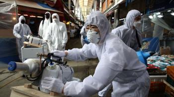 肺炎疫情在韓國:新天地、彈劾總統與假新聞