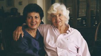 美國女子不一樣的愛情故事:從母女到伴侶