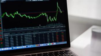 投資人寄望振興政策 美股收高大漲1167點