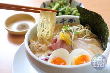 夜貓美食 賣到凌晨三點鐘的日式濃厚雞白湯拉麵