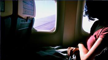 長途飛機怎麼防疫?陳時中:不上廁所可包尿布