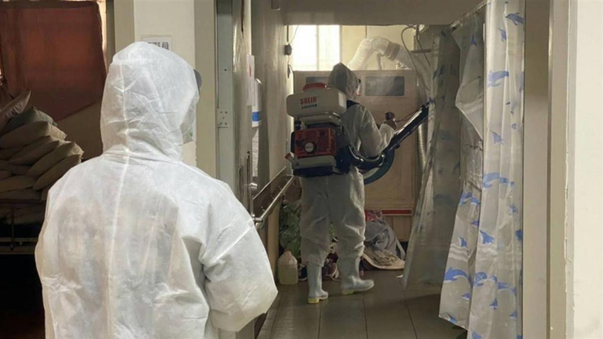長照機構護理師染疫  研擬醫護有症狀可採檢