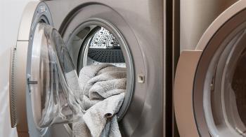 嫌洗衣機太舊!妹子租屋擅自回收 房東氣炸