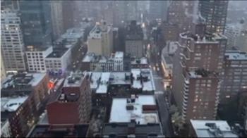 親揭紐約醫院慘況 川普:運屍冷凍車隊一整排