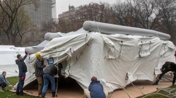 紐約徵冷藏貨櫃車運屍 專家:7到21天迎來高峰