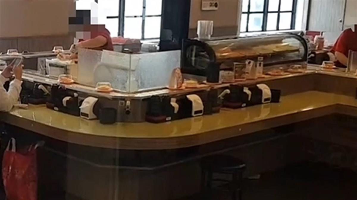 確診官兵迴轉壽司店用餐 屏大3學生居家隔離