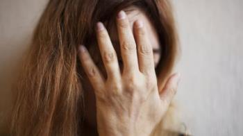 肺炎疫情:居家隔離期間遭受孩子暴力對待的父母