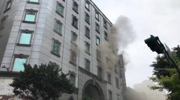 快訊/北市林森北路錢櫃大火 驚傳7樓有人受困